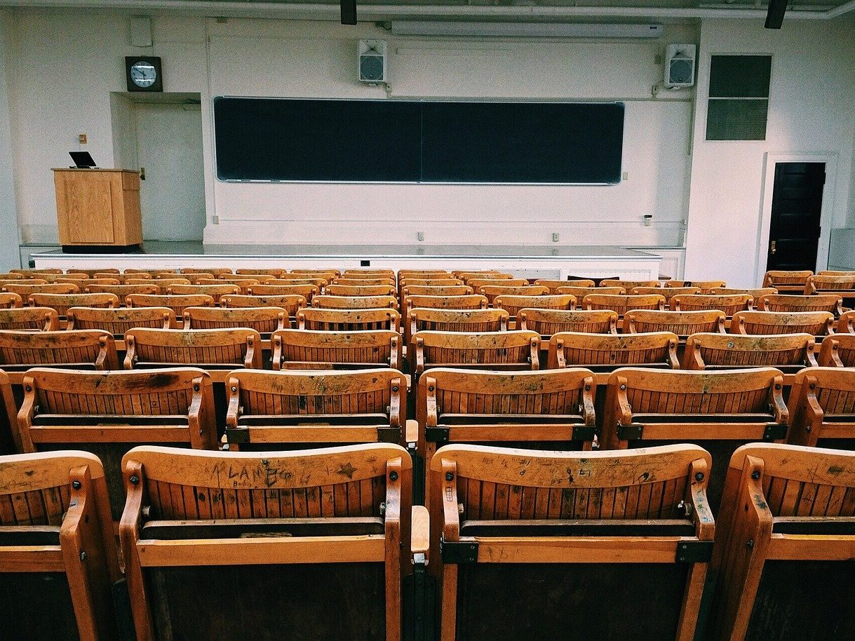 classroom, lecture hall, college